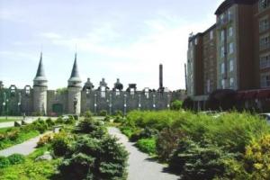 Chateau Laurier & Voltigers de Quebec Armoury
