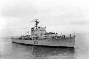 Bravo Cruise, 1962, HMCS La Hulloise